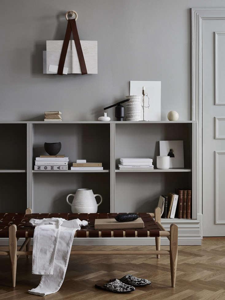 Daybed and magazine holder by Smalands Skin Manufaktur.