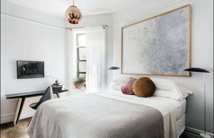 the clam floor lamps flanking the bed are by avionstudio. &#8\2\20;i use th 17