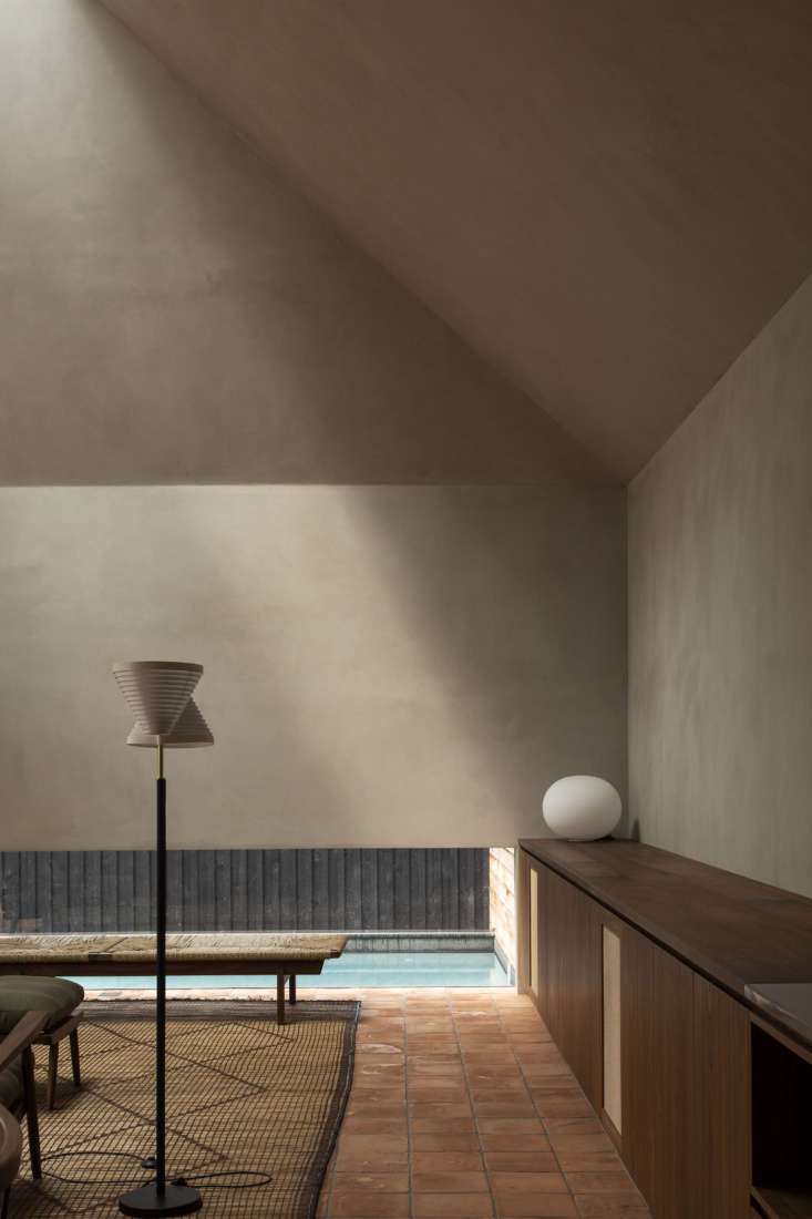 Lighting by way of an Aalto A8 Floor Lamp and FLOS Jasper Morrison Glo-Ball Table Lamp.