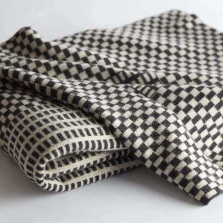 nzuri textiles blanket