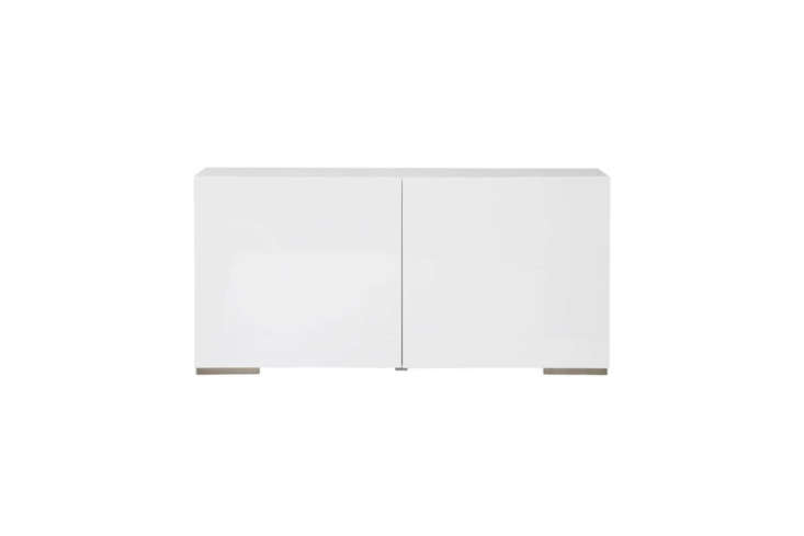 cb\2&#8\2\17;s fuel white credenza can also be used as a shoe storage cabin 18