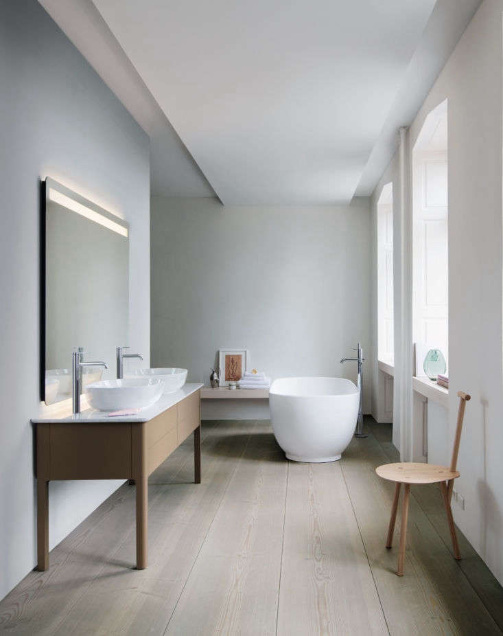 Currently Coveting Cecilie Manzs NordicSerene Bathroom Sinks and Tubs for Duravit The matte lacquered consoles come in a range of sizes and finishes with counters of quartz or American walnut. They&#8\2\17;re shown with Duravit&#8\2\17;s C.\1 faucets. The outsized mirror has integrated dimmable lighting and a heating option that keeps it fog free during hot showers. The freestanding tub, like the basins, has &#8\2\20;particularly precise lines.&#8\2\2\1;
