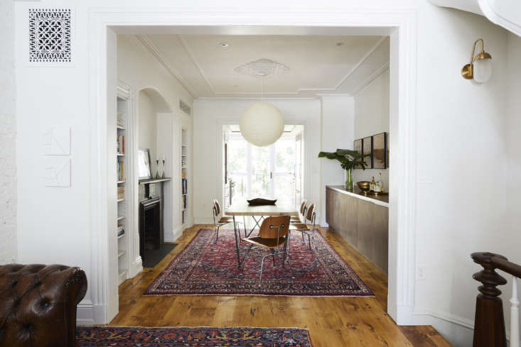 the rooms are arranged enfilade: just beyond the front door, the living area op 9