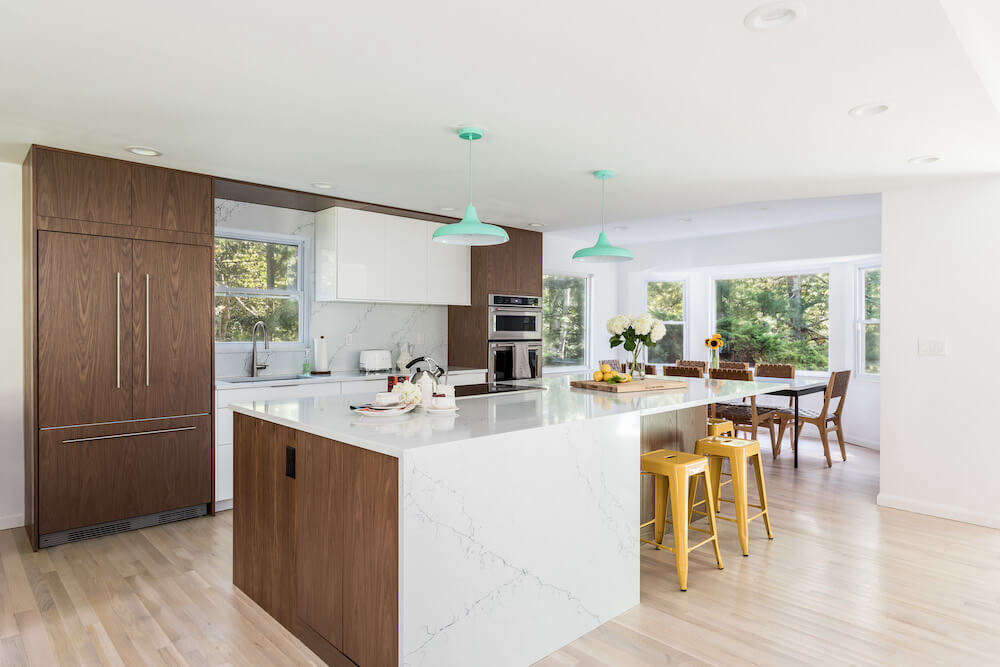 A couple from New York City used a Sweeten contractor to help with the renovation of their East Hampton home. Photography by Lena Yaremenko.