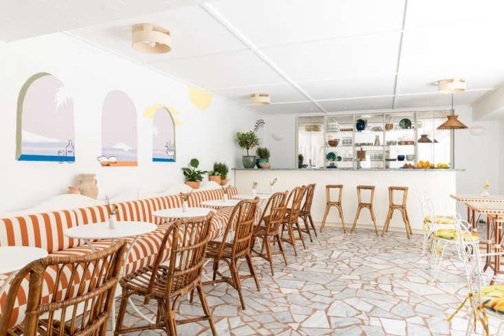 hotel le sud dining room bar