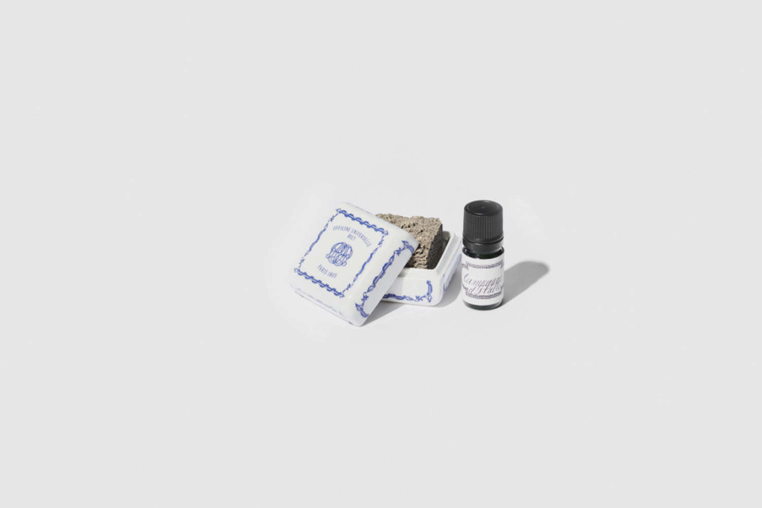 Remodelista Gift Guide 2020 Gifts for the Home Fragrance Snob Parisian apothecary Officine Buly makes a line of scented oil designed to drip onto a sedimentary stone housed in a porcelain box. Designed to diffuse fragrance in a heatless and steam free format, the Alabaster Campagne d&#8\2\17;Italie, is one of many scents to be placed in cupboards, wardrobes, bathrooms, and cars; €54.\17 at Officine Universelle Buly à Paris.
