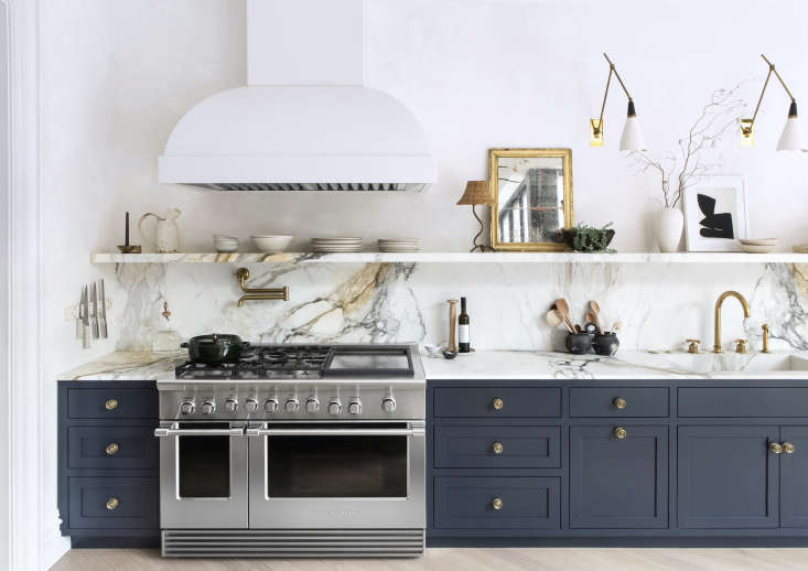 """In the Elizabeth Roberts-designed Brooklyn kitchen of this entertaining maven, a 48"""" Professional Range with Griddle gives the sense that serious cooking (and entertaining) takes place here. Photograph by Sarah Elliott."""