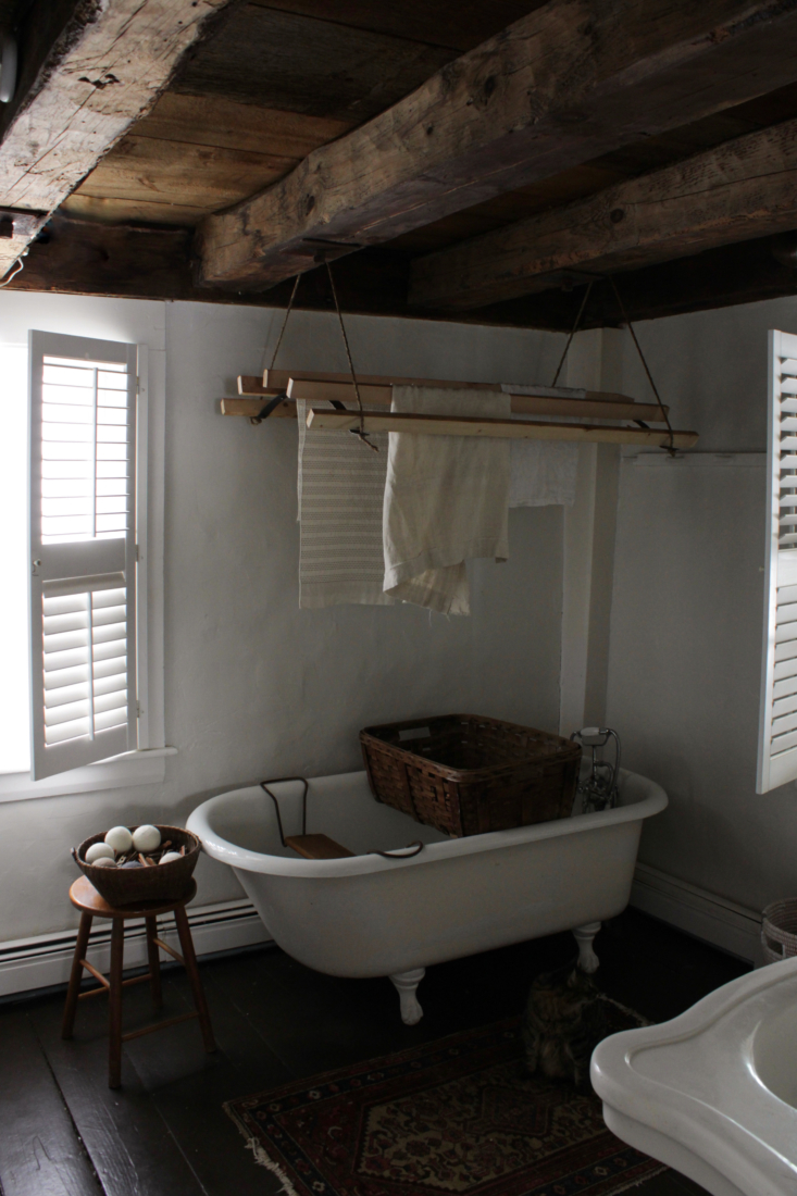 the finished result above bess&#8\2\17; clawfoot bath. 9
