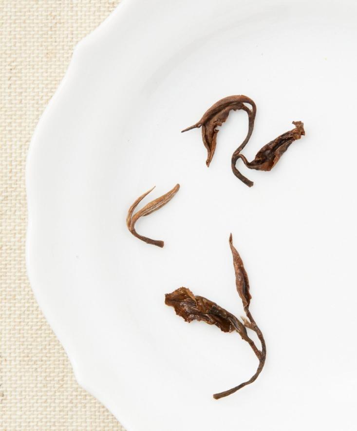 oriental beauty oolong tea leaf, Te Company, NYC.
