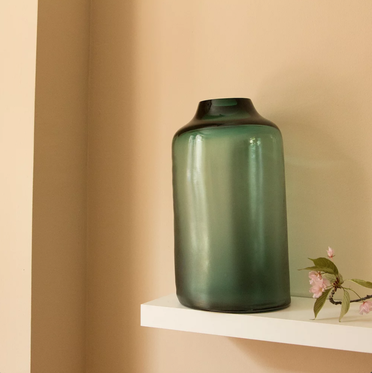 the extra large raw vase is 950 euros.  d here in forest green. 13