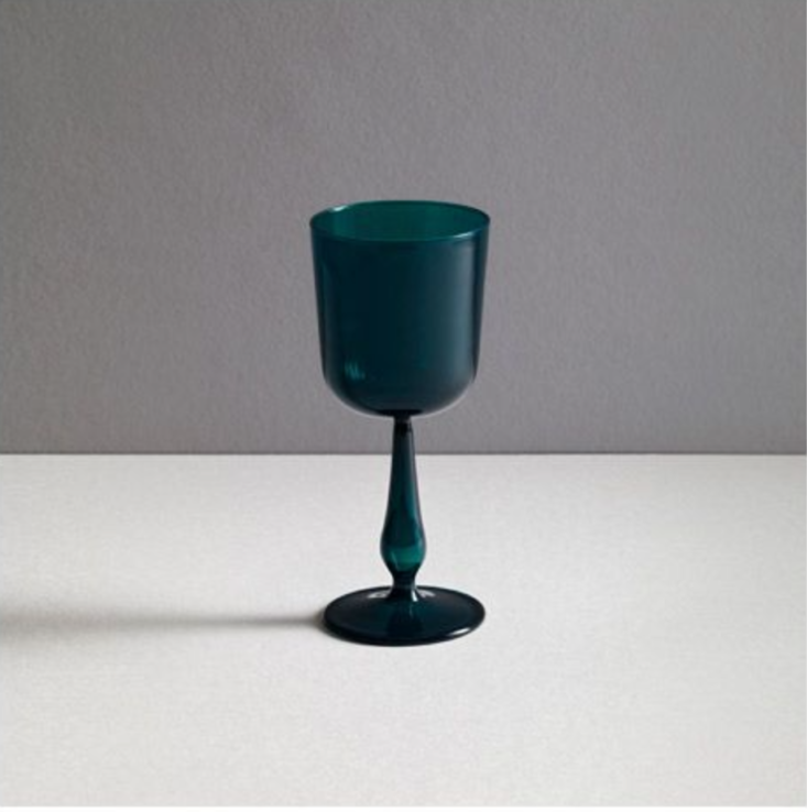Object of Desire The Contemporary Kiddush Cup for the Passover Table New York&#8\2\17;s Jewish Museum Shop offers Italian glassmaker R+D Lab&#8\2\17;s borosilicate glass Kiddush Cup in several colors, including Antwerp Blue; \$94. N.B.: R+D Lab makes a range of glassware and textiles worth checking out,