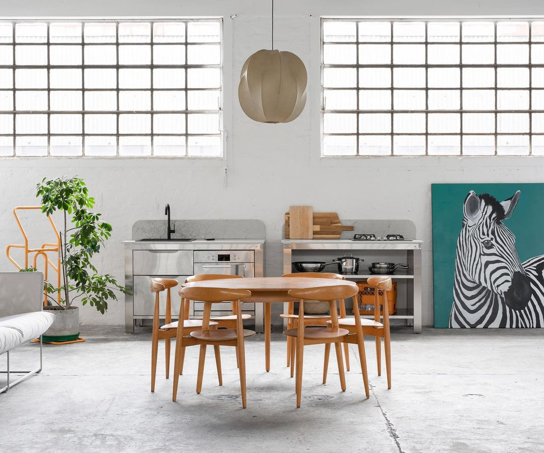 Kitchen of the Week: Modular Culinary Workspaces from Very Simple Kitchen in Bologna, Italy - Remodelista