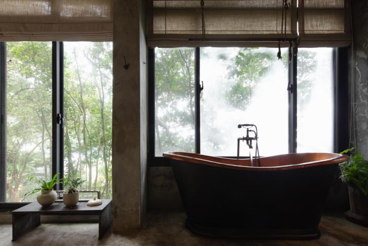 Shu Shu House A Serene Mountain Retreat in Jiufen Taiwan portrait 4_31