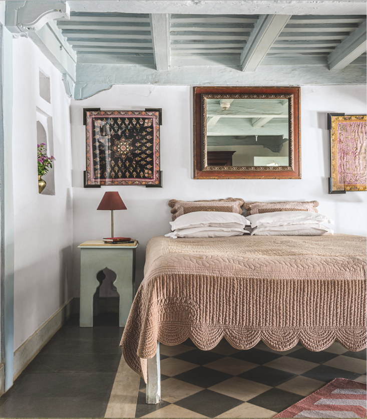A memorable coverlet in the Bulbul Room at the Ahilya Fort Hotel in Maheshwar, India, named for the bulbul songbirds that like to nest on its balcony. Photograph by Paul Whitbread from AD India.