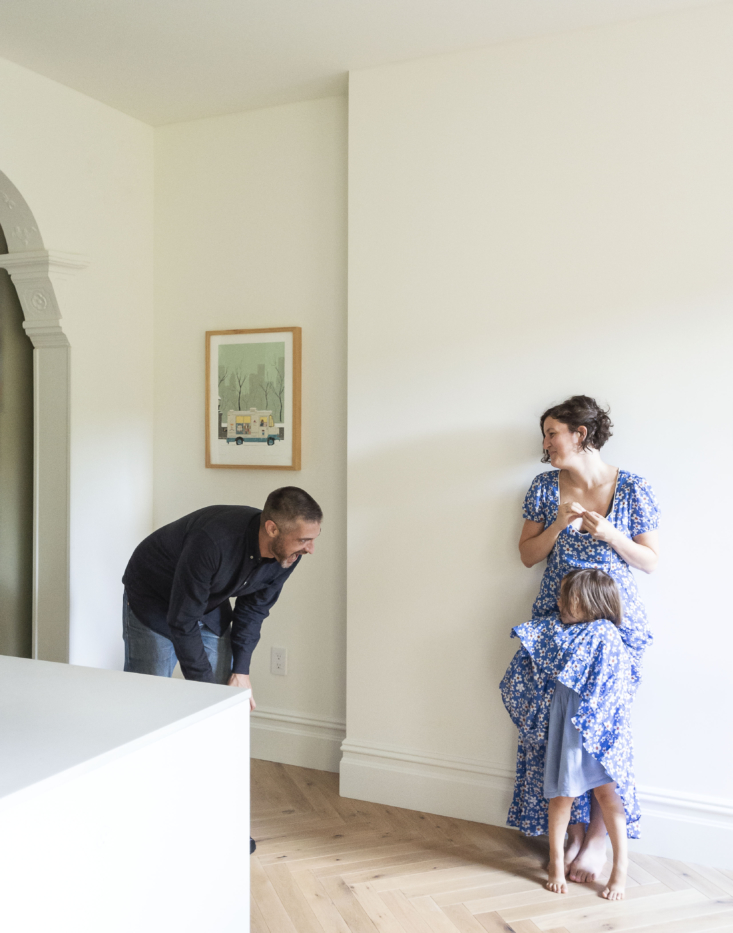 Bobby Johnston and Ruth Mandl of Co Adaptive Architecture. -08- Remodelista. Bed Sty Kitchen4548