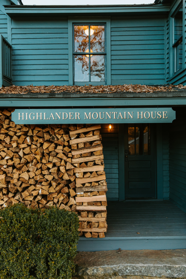 The entry to Highlander Mountain House. The owner, hotelier Jason Reeves, has a background in period restoration and received a master&#8