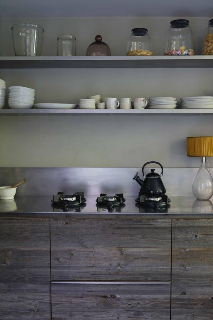 ochre solenne de la fouchard london kitchen 2