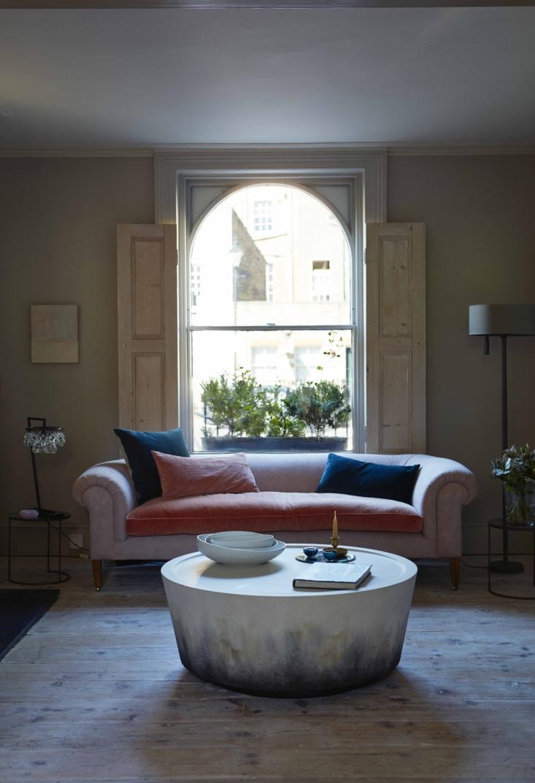 ochre solenne de la fouchard london living room