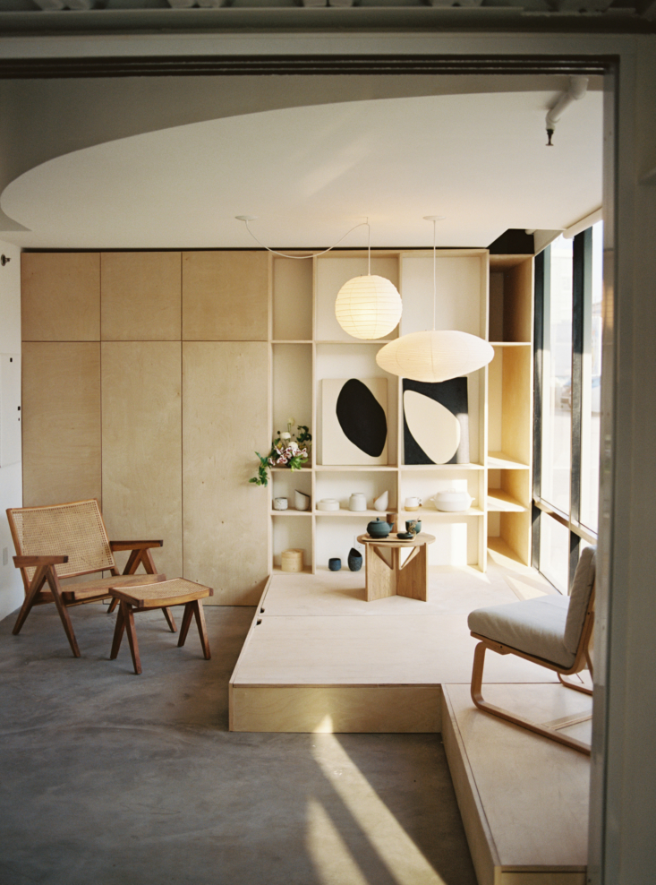 the guest bedroom is inspired by japanese design and serves multiple purposes.  20