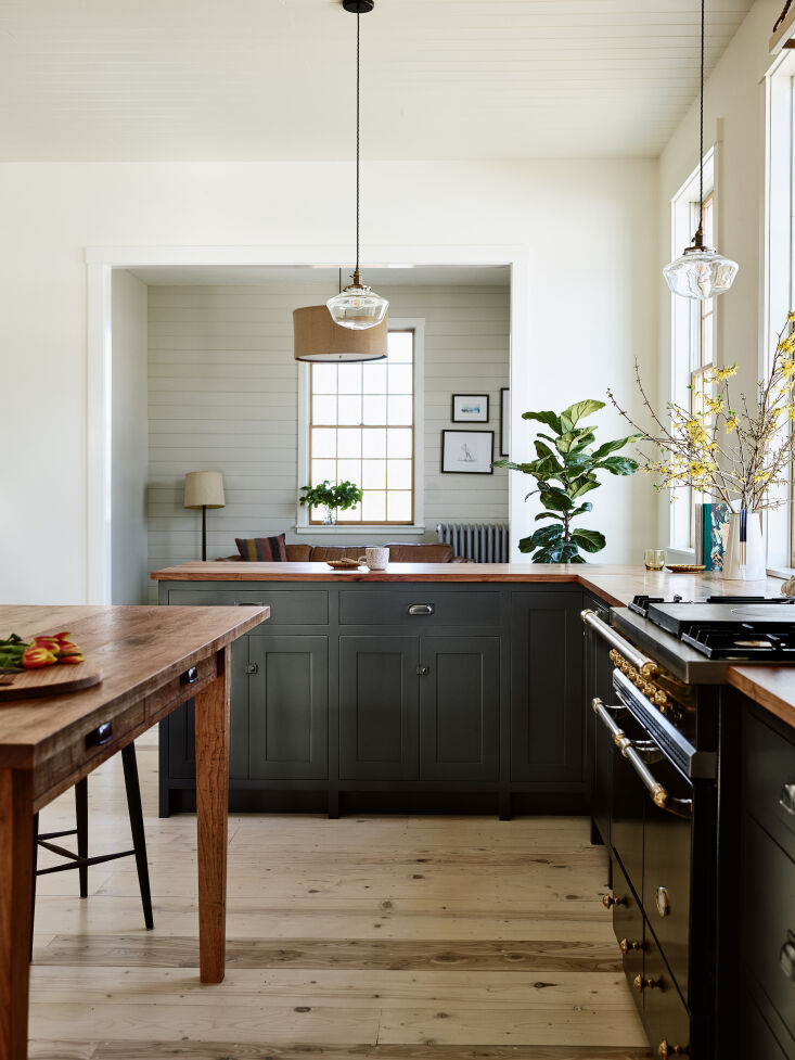 &#8\2\20;the countertops and island are built out of texas pecan that i sou 17