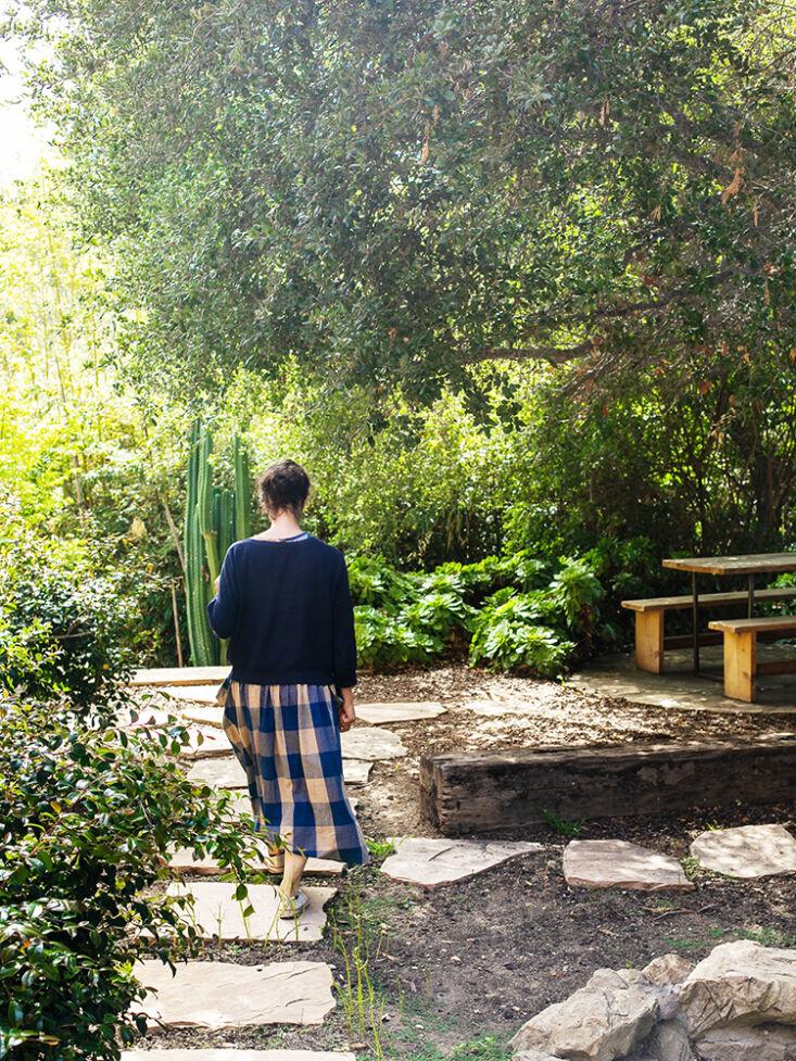 into the garden. 26
