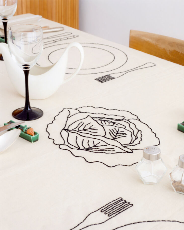 oeuvres sensibles tablecloth 7