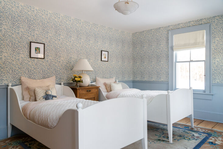 for the children&#8\2\17;s room, thomas and keren opted for twin white beds 22