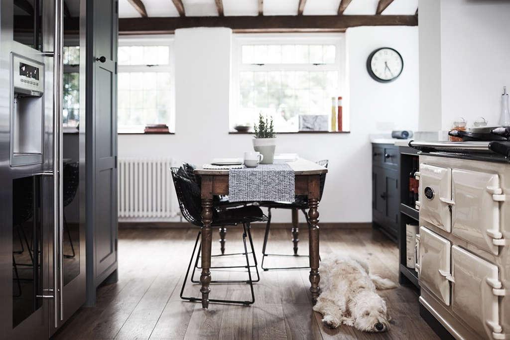 Thatched Cottage Kitchen 06