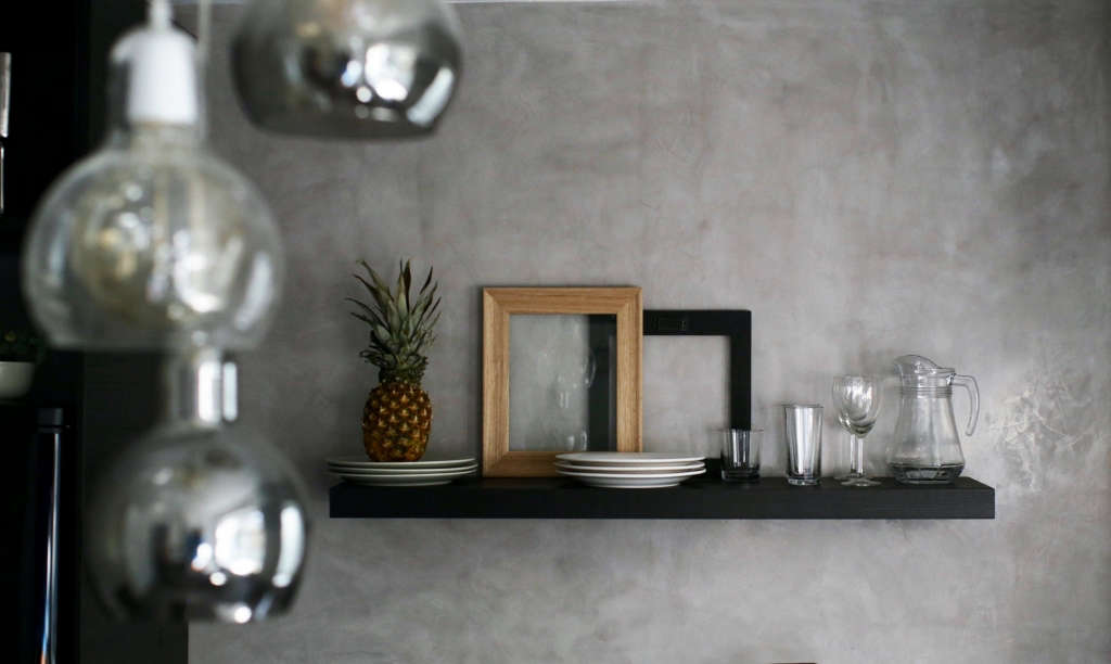 Kitchen. Marmorino. Wood. Glass.