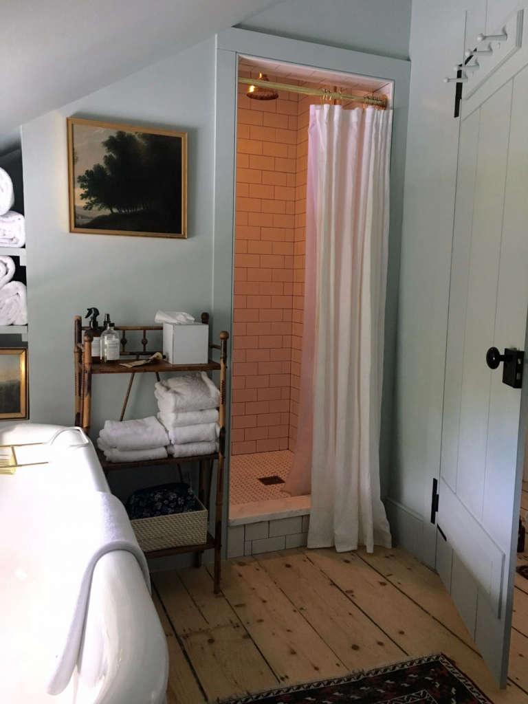 Hudson Valley Farmhouse Bathroom