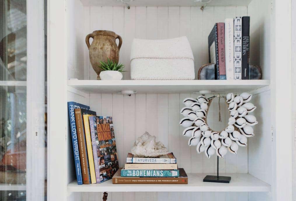 Beachy bookshelf accessories
